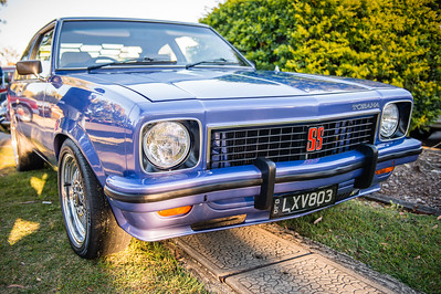 Holden Torana SS 5.0 Litre V8 - Cars & Coffee, Brisbane. Saturday 5 August 2017. Photos by Des Thureson - http://disci.smugmug.com