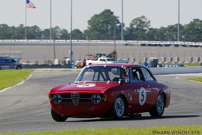 Dean DeSantis/Ken Moore 67 Alfa Romeo GT jr.