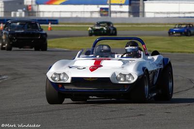 Walo Bertschinger/Arturo Merzario 66' Corvette G/S Roadster