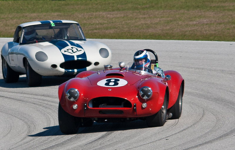 Cobra vs. Jaguar XKE