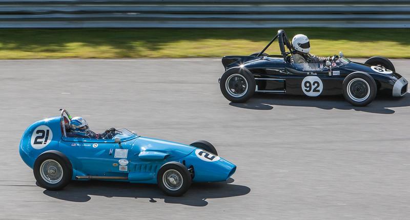 1962 Elva (92) leads 1959 Stanguellini