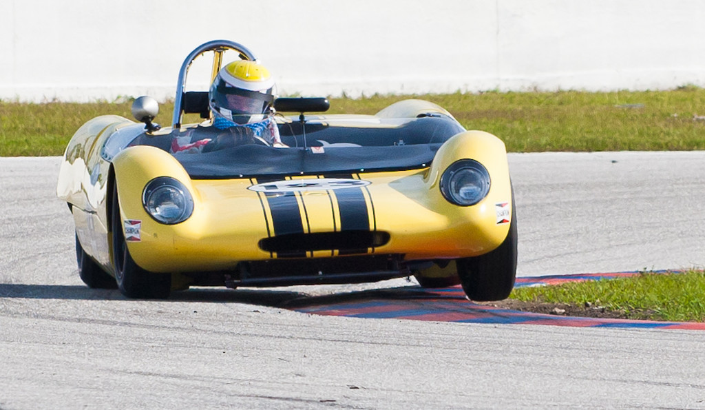 "William Binnie ""3 wheeling"" out of turn 1"