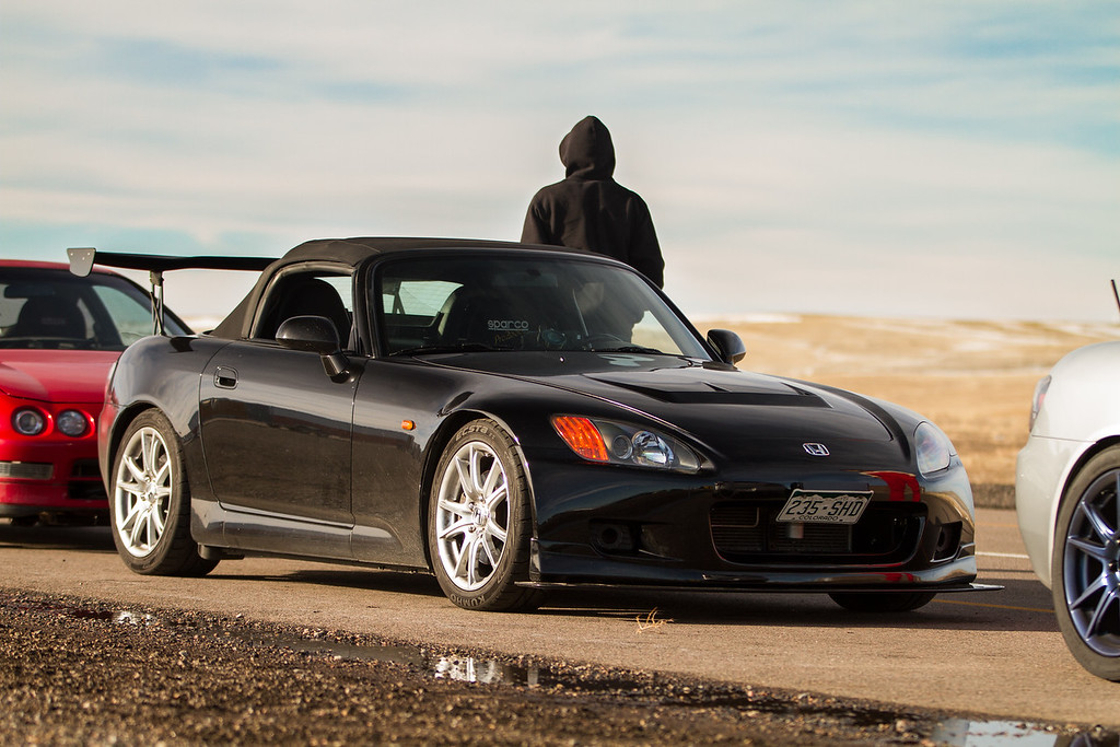 Quinn's S2000 after swapping wheels ready to head home.