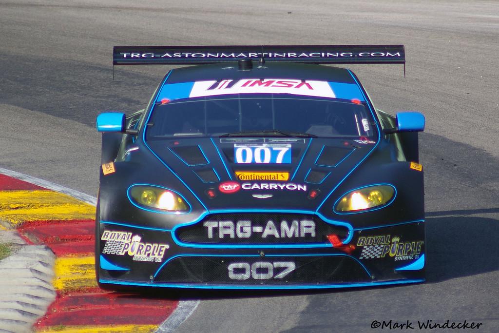 DNS GTD Al Carter/James Davison Aston Martin V12 Vantage
