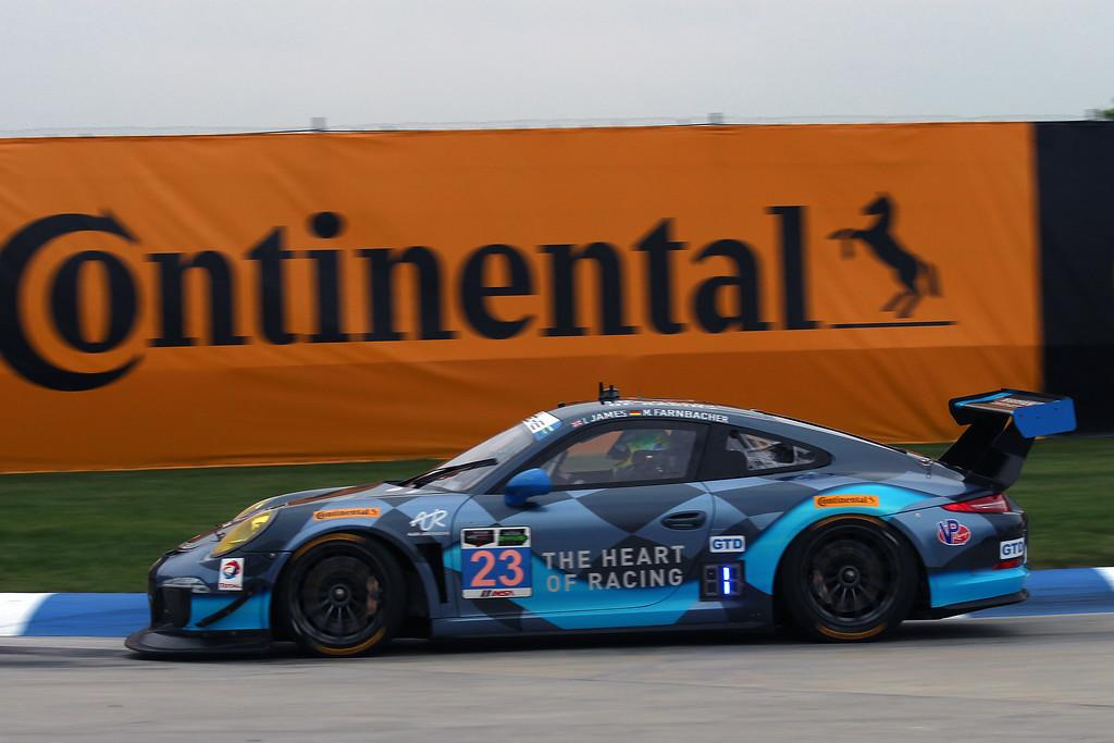 ...Porsche 911 GT America