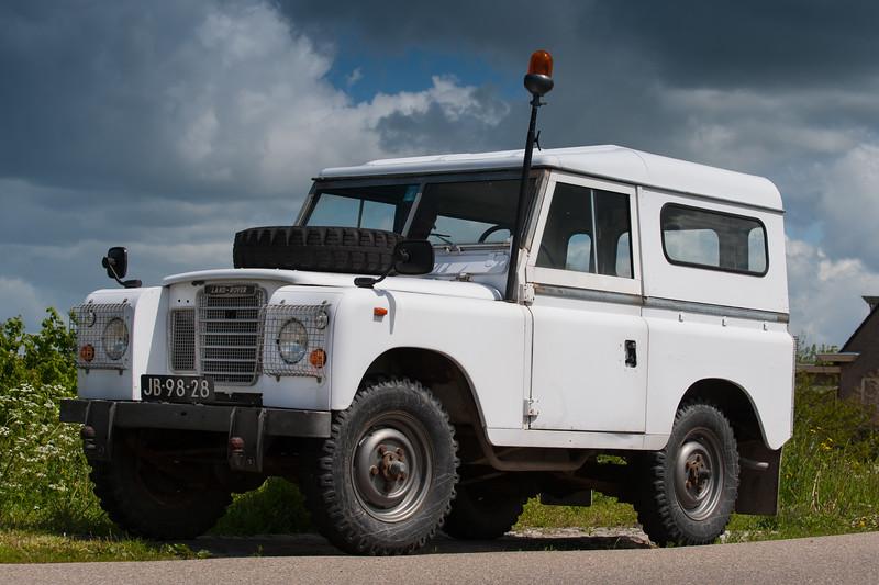 Land Rover-8010