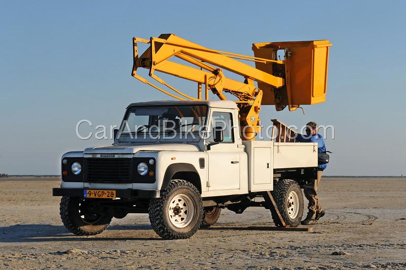 Land Rover_2408 b