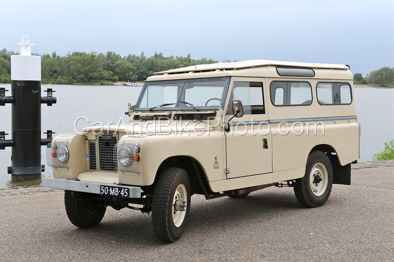 Land Rover_2083
