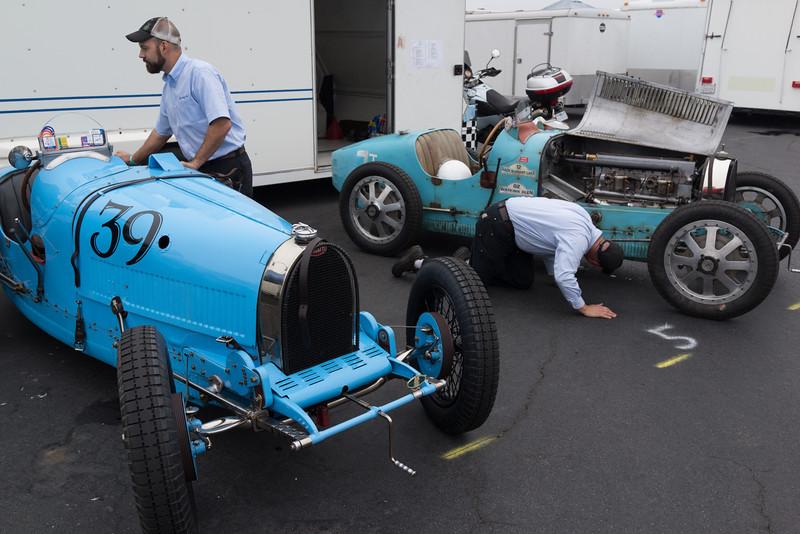 Bugattis, open hood on t. 35