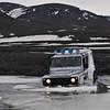 Elvekryssing ved foten av Vattnajökull.