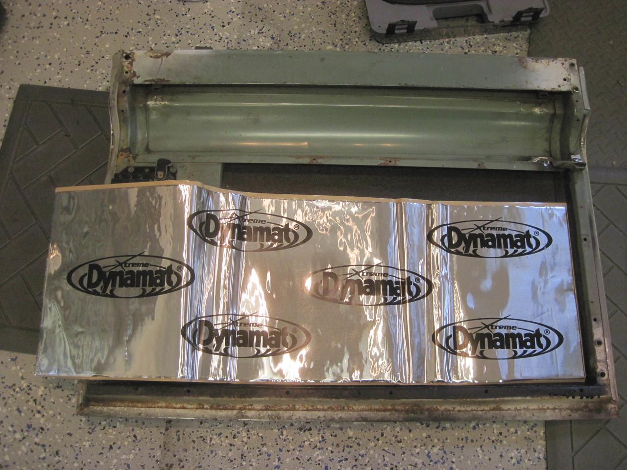 Putting Dynamat in the rear door.