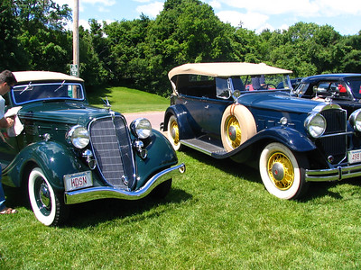Hudson 8 and Packard 840