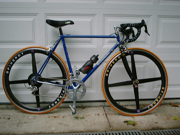 Colnago Spiral Conic SLX. 1989 frame, updated with Campagnolo Record 9 components and Spinergy carbon wheelset.