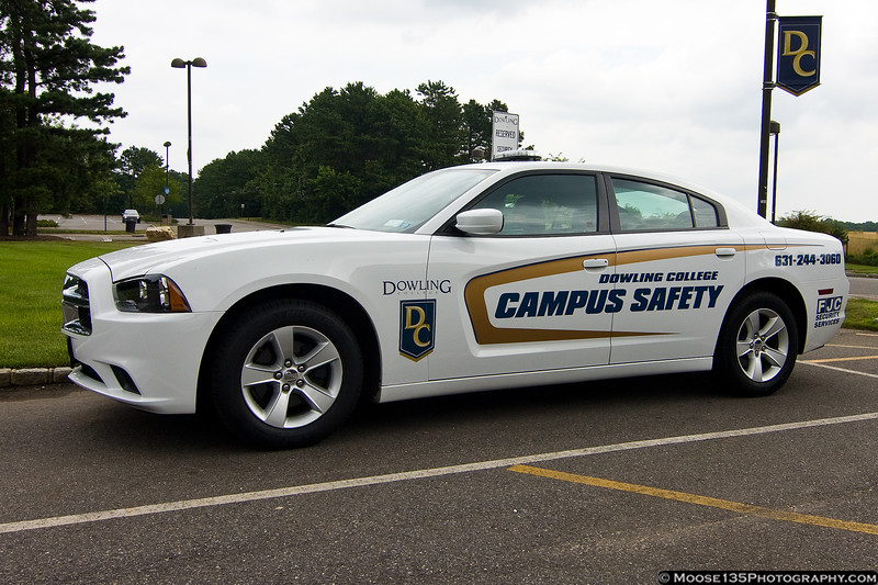 2012 Dodge Charger of Dowling College Campus Safety