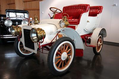 LeMay - America's Car Museum 1906 Cadillac Model M (Tulip Touring)