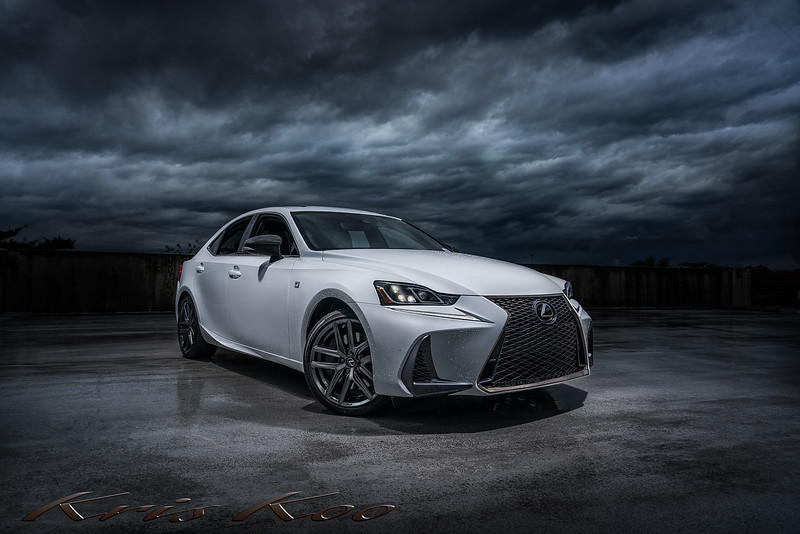 Lexus - IS (Black Line) - 3(web)