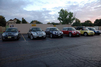 Part of the entrepid Colorado group at the hotel in Amarillo in the morning.