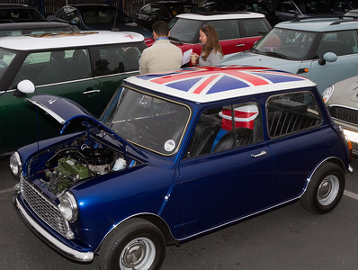 This classic Mini was coming on the event!