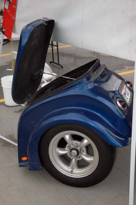 A trailer belonging to Mini-Fini (vendor).