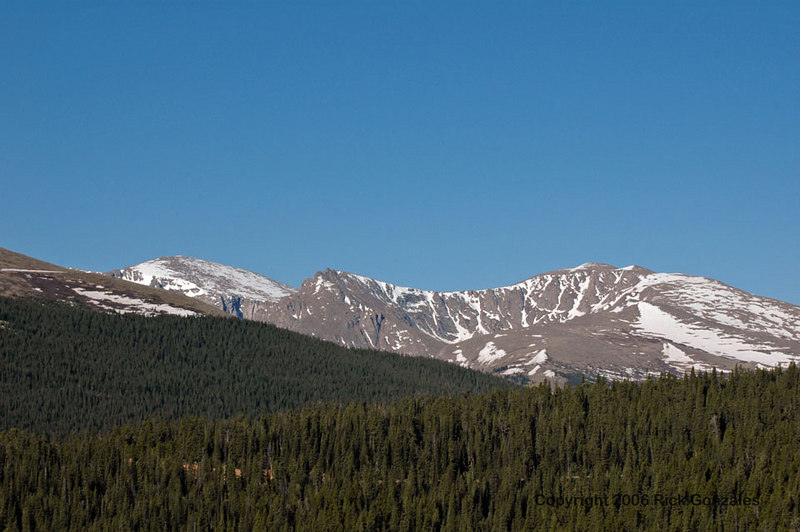 Another view of the Mt Evans area. These are the peaks just north of the summit.