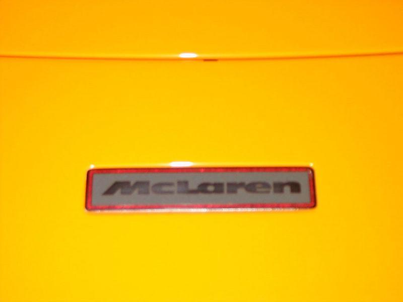 Body - McLaren badge