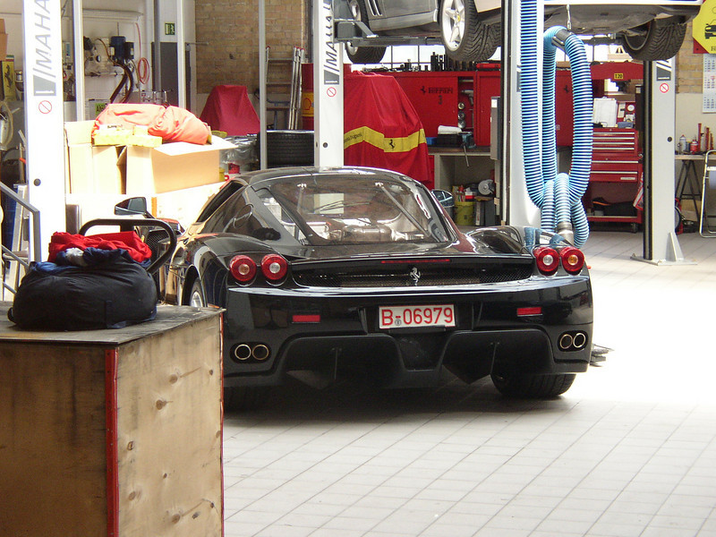 Ferrari Enzo Service