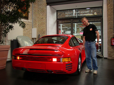 Porsche 959S with a good looking guy