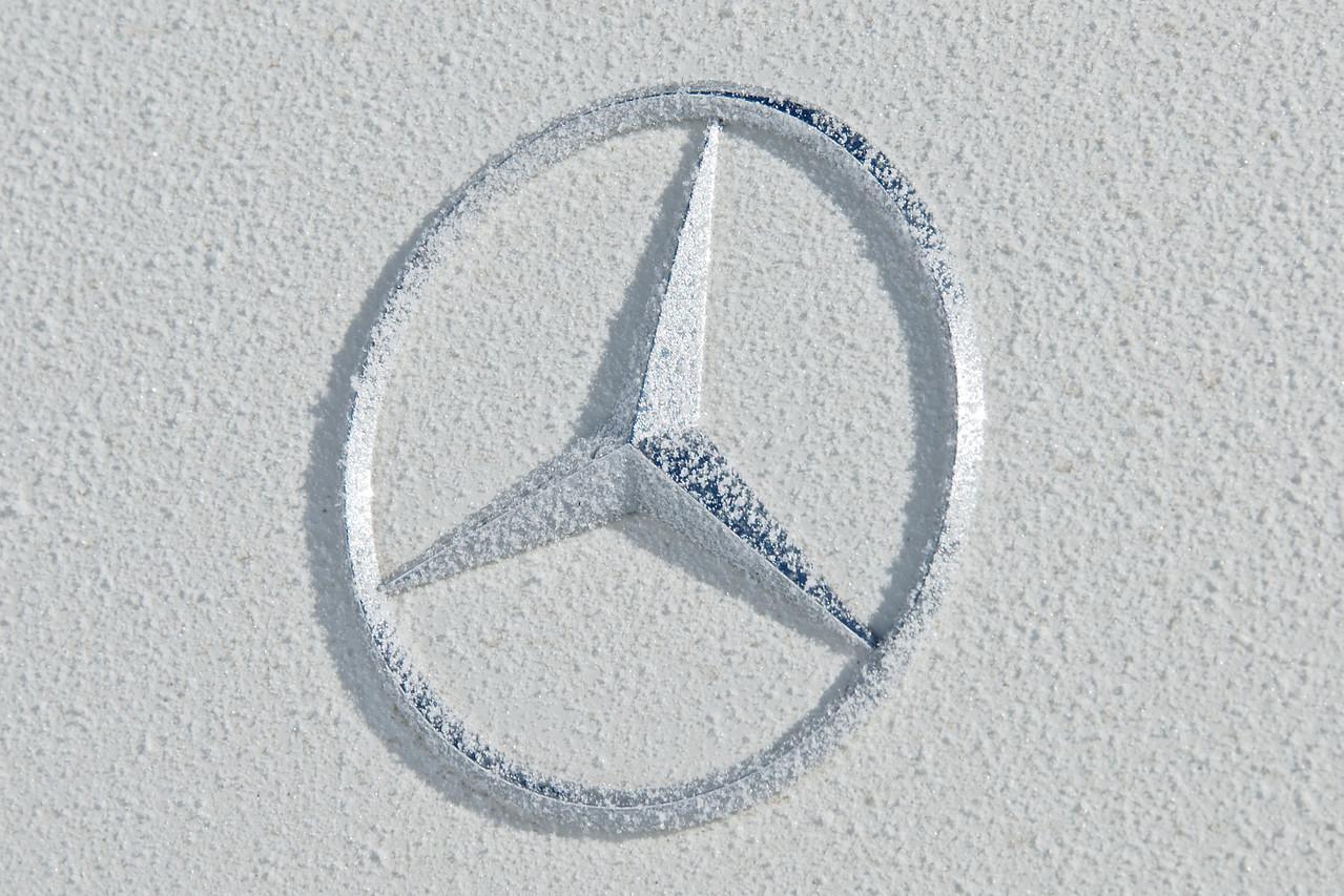Icy Mercedes Benz Logo