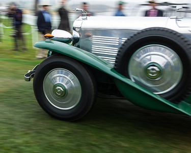 """Dawn Patrol"" at Pebble Beach - the first cars arrive"