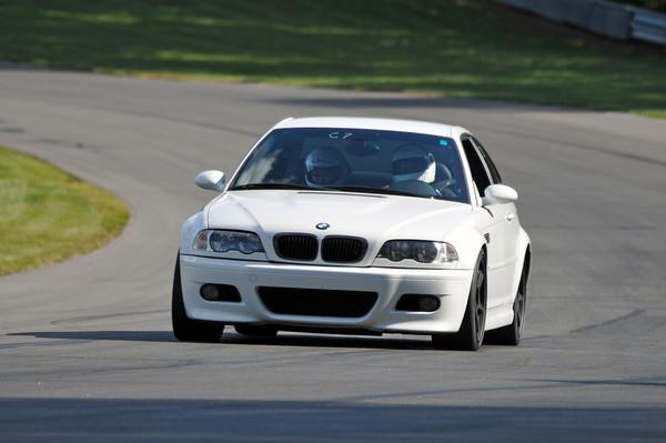 MC BMWCCA Grattan 2011_0388