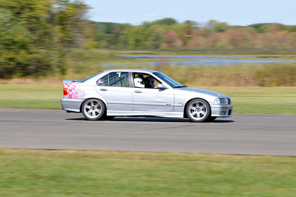 MC BMWCCA Grattan 2011_0260