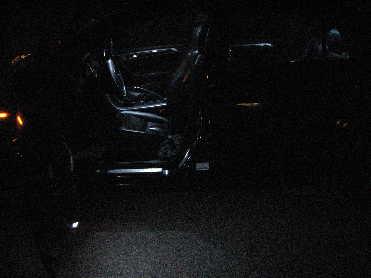 2008 01 23 Wed - NX ALONE - Left door open interior LEDs profile