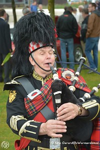 Steve, the bagpipe player ( www.bagpipeplayer.nl )