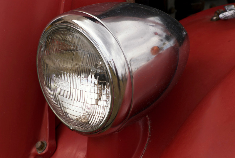 Left headlight detail 1940 Seagrave firetruck