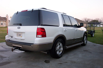 'o4 Ford Expedition EB