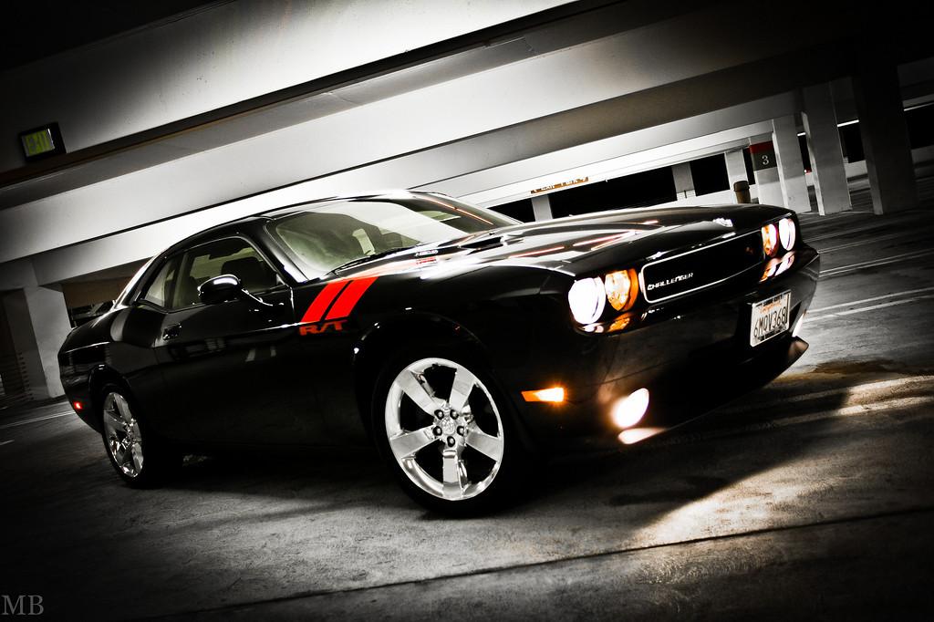IMAGE: http://www.m-b-photos.com/Cars/Our-new-Dodge-Challenger-RT/LL5B2966/1156610487_E5a9p-XL.jpg