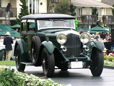 Class F-2: Vintage Bentley - 8 Litre Cars 3rd - 1931 Bentley 8 Litre H.J. Mulliner Weymann Paneled Saloon