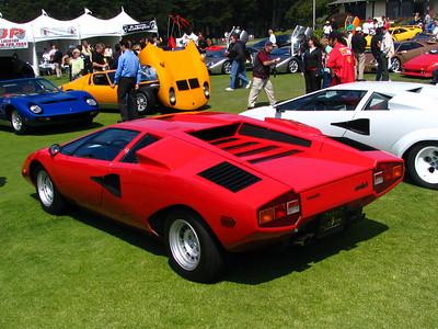Lamborghini LP400