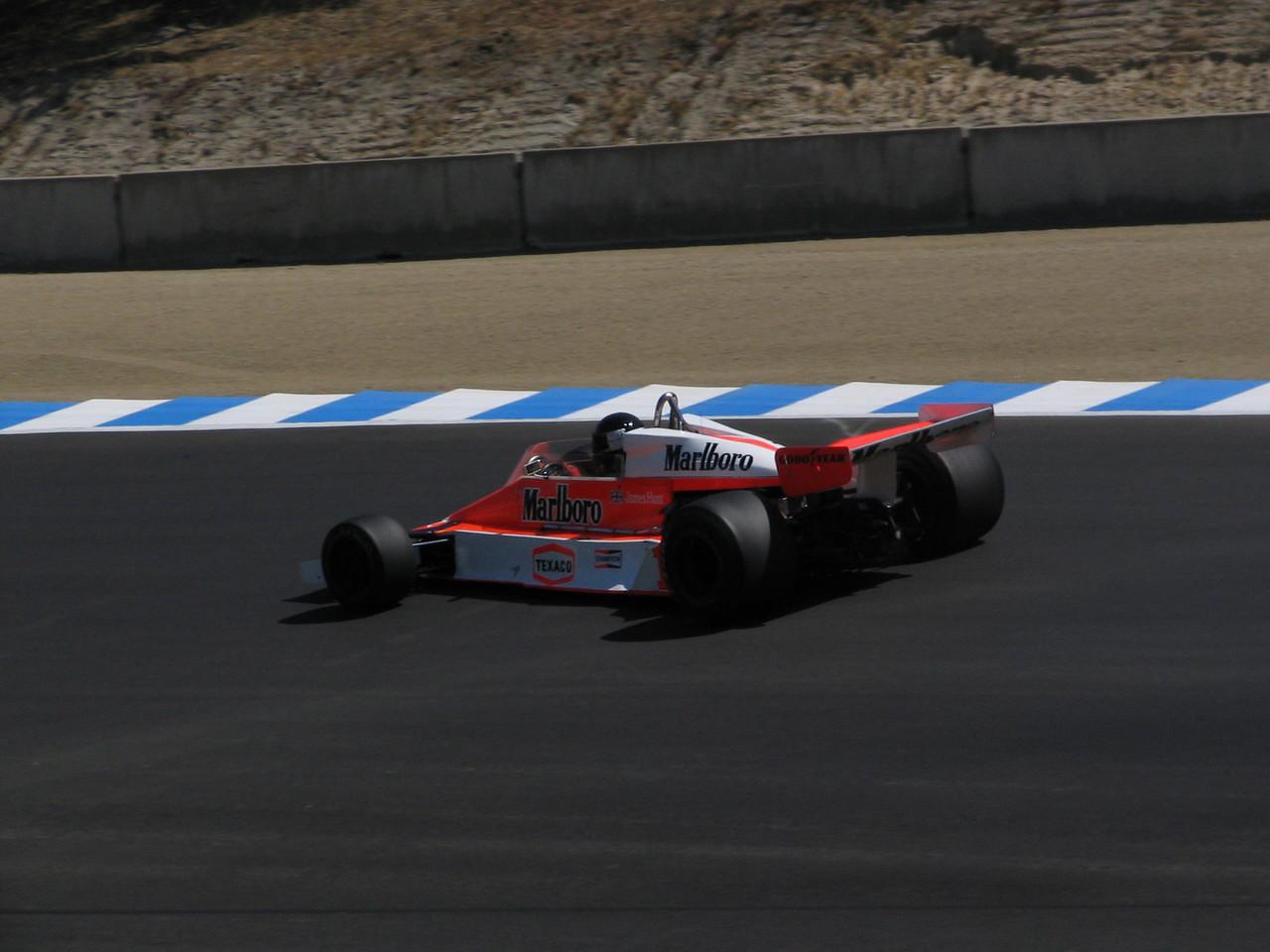 McLaren M-26