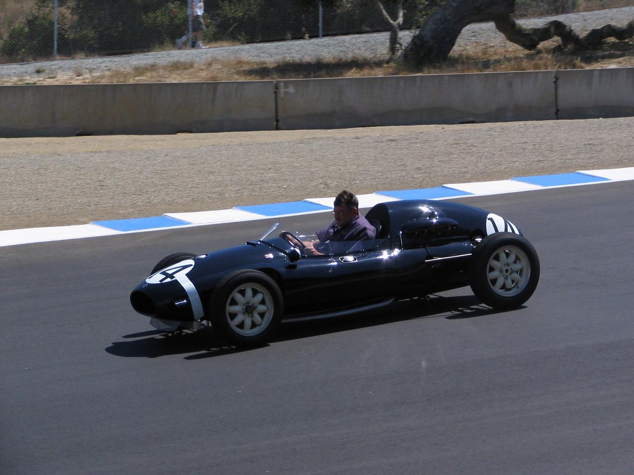 Monterey Historic Automobile Races - douging