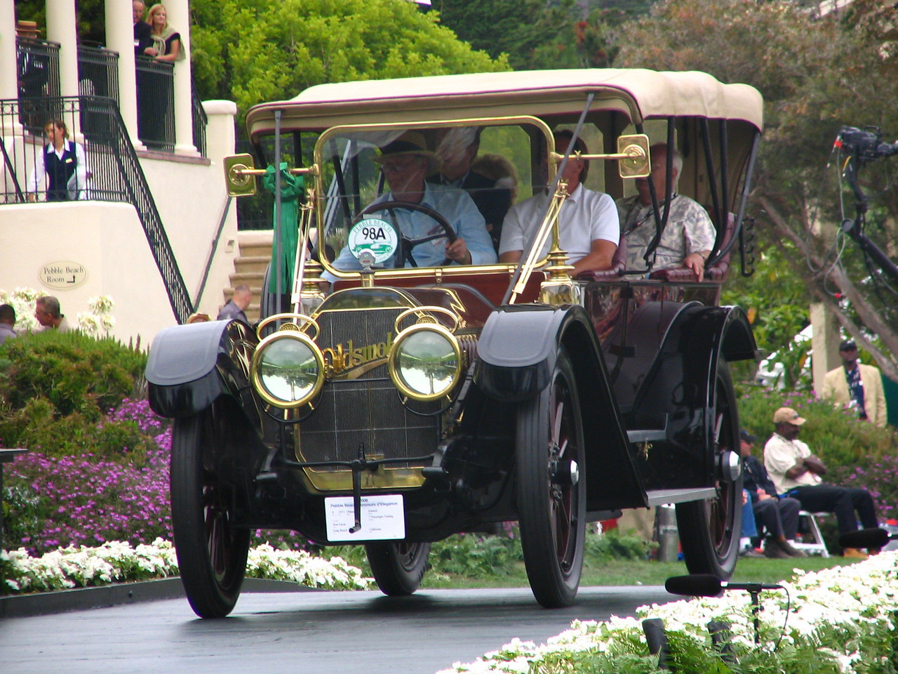 Ansel Adams Trophy Winner -- 1911 Oldsmobile Limited 7 Passenger Touring