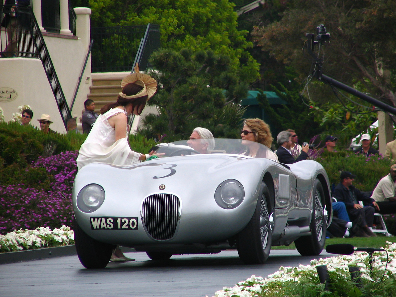 Class R, Cars that Raced in the Forest during the Pebble Beach Road Races, Runner-up -- 1953 Jaguar C-Type Racing 2-seater