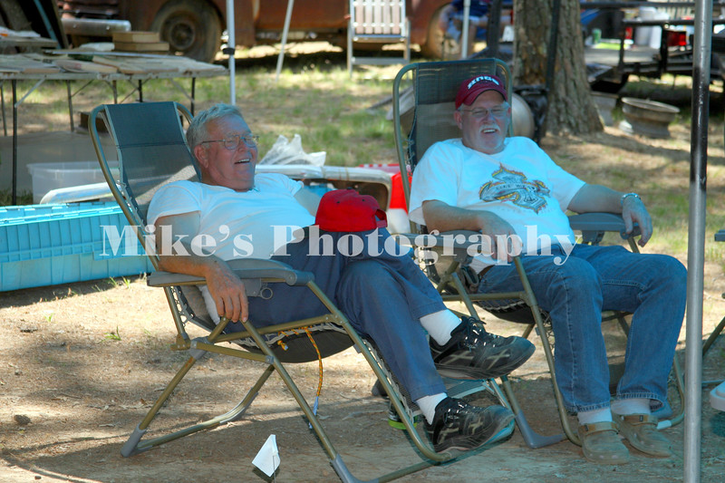 Bobby Hamilton relaxing in the shade