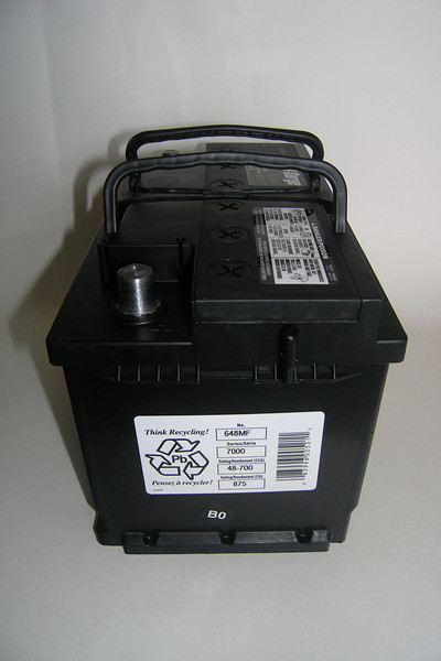 The B0 sticker on the side indicates that the battery was manufactured and filled in February 2010.<br /> <br /> Purchased in April 2010, that makes it a battery that hasn't had the chance to sit around very long. The OCV measured at 12.65 V which is acceptable for a flooded lead acid battery. It was placed on a slow charge prior to installation.