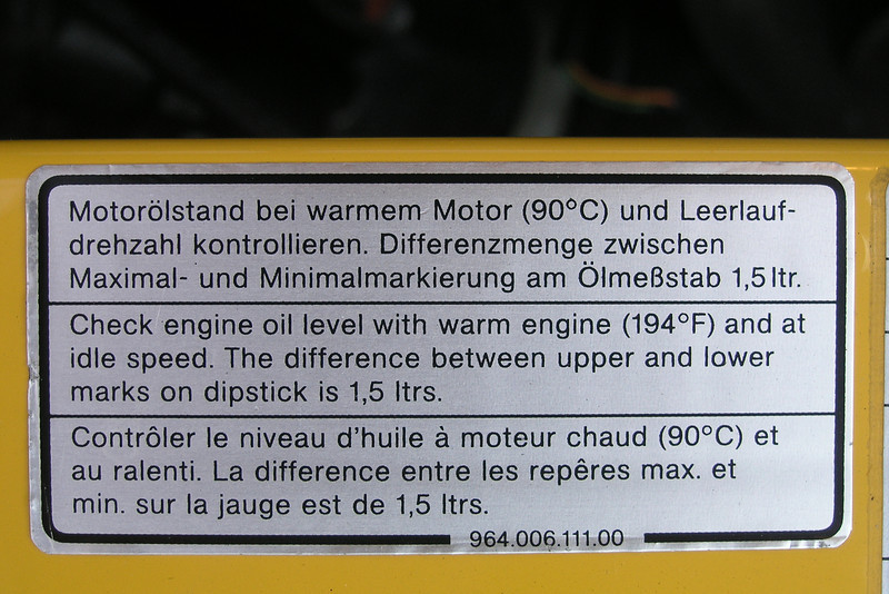 Engine Oil Level label.