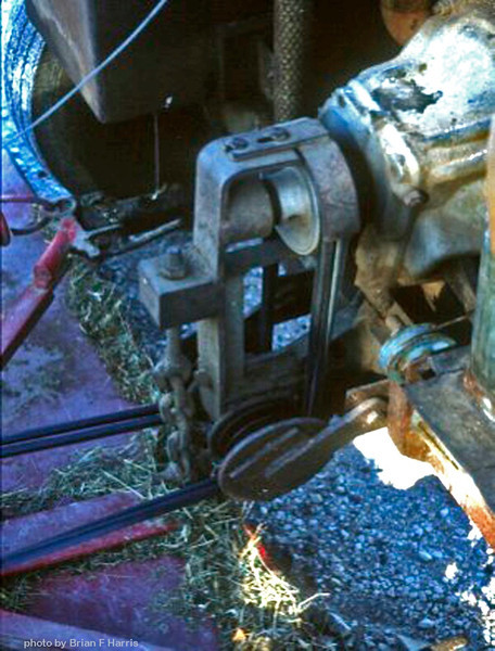 Motor and non hydraulic components from a rusted out, but mechanacily sound Mazda 800cc van donated by our neighbour Pat Paton. Brian went to Yeronga Tech College for 22 weekly one night lessons on 'Fluid Power to get it right. Move hydraulic spool valve forward, centre for neutral and pull back for reverse. Simple. Anyone can drive and cut six foot wide & around trees.