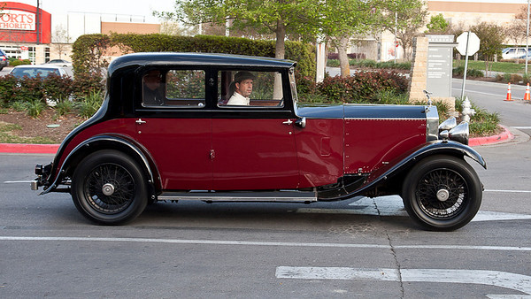 GSR44 - 1930 20/25 Barker Saloon