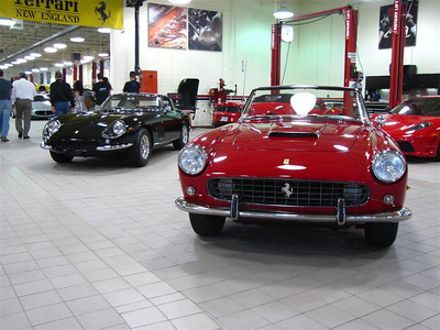 Ferrari 250GT and 275GTB (background)