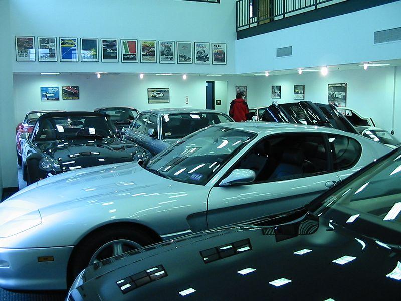 KTR Performance showroom (Mercedes SL500 and Ferrari 456GT)