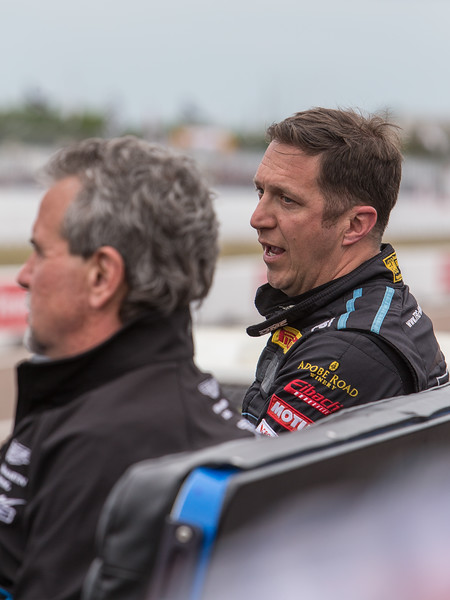 Frustrated Pumpelly speaks with Kevin Buckler back in pit